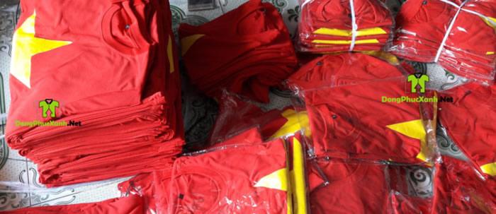 Máy áo cờ đỏ sao vàng